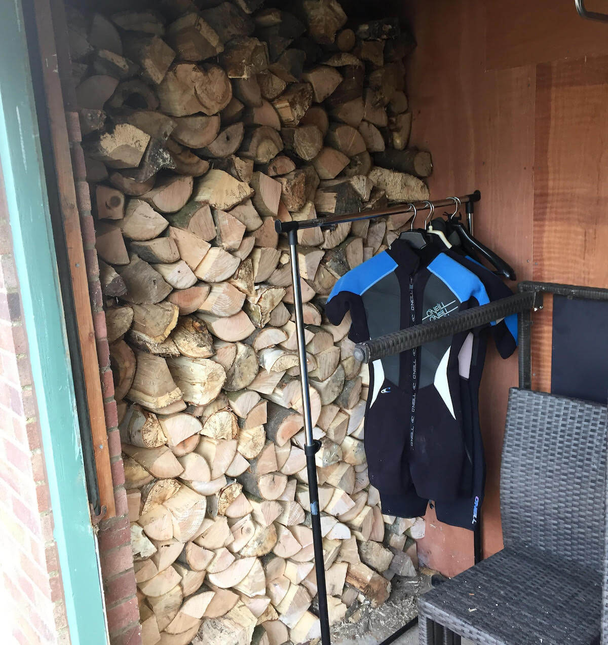 Owlers Retreat Camber Sands Holiday Cottage - Wood Stacked Ready for Winter